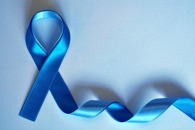 Geschwungenes blaues Band, das künftig als Zeichen für die Ektodermalen Dysplasien verwendet werden soll